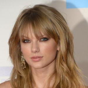 sweet-taylor-swift-curly-hair-style-100--human-hair-15162-t